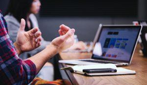 Social Media Customer Engagement Timing